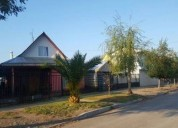 Linda casa con patio en sagrada familia 2 dormitorios 90 m2