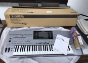 Venta yamaha tyros 5 teclado con accesorios $1000