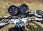 Vendo excelente moto cunco