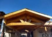 Maestro en construccion de cobertizos de madera