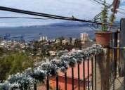 Vende casa dos pisos vista al mar cerro alegre 4 dormitorios