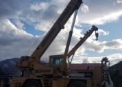 Grua  pluma para 30 toneladas