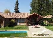 Se vende casa en pirque 170 const 1720 mts terreno 4 dormitorios 170 m2