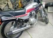 Hola tengo una moto honda cgl 125 ano 2015