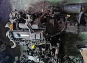 Motor mazda r2.