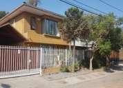 Maipu vendo hermosa casa de dos pisos 4 dormitorios 140 construidos y 128 de terreno 128 m2